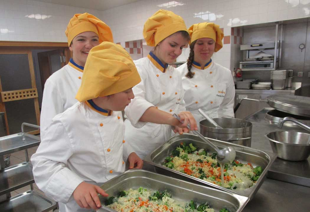 Kochen in der Betriebsküche